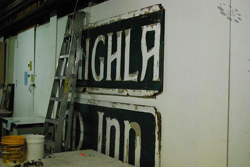 ADP_Old_Highland_Inn[2009]