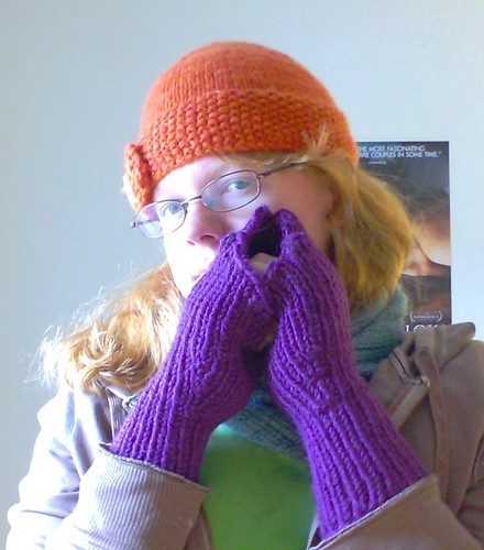 Purple fingerless gloves in Knit Picks Cadena bulky wool alpaca yarn