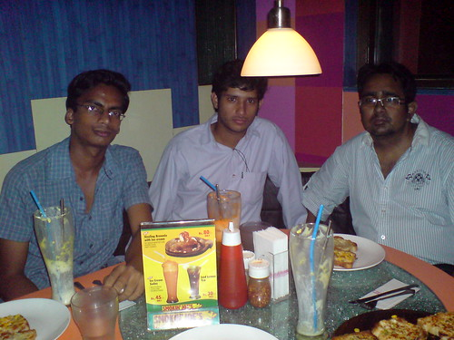 Pizza treat for FOSS and Sun Tech Quiz winners