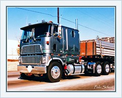 shiny Ford 9000 L in 1989 (Polo Scher) Tags: ford truck semi coe lastwagen kenworth lkw freightliner caboverengine cl9000