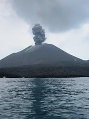 Krakatau 20 (Ben Beiske) Tags: sumatra indonesia volcano lava java child smoke explosion ashes ash volcanoes dust krakatoa eruption strait anak erupting sunda sundastrait krakatau rakata anakkrakatoa anakanakkrakatau childofkrakatau childofkrakatoa