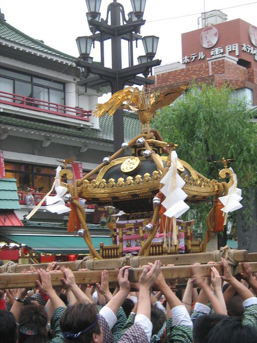 Green team's mikoshi