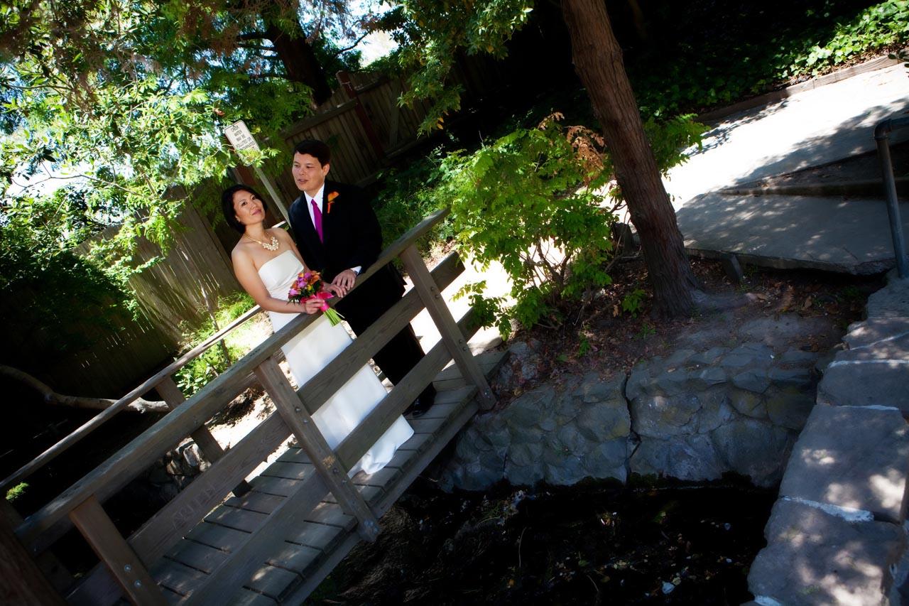 bride groom on the bridge