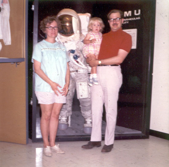 Alyce with Parents at NASA (Click to enlarge)
