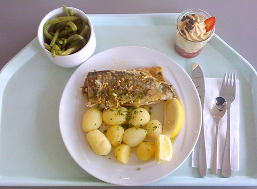 "trout meuniere (panfried trout) / Forelle ""Müllerin Art"""