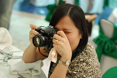 Back up Photog in action. Hehehe!