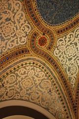 (-Lori-) Tags: chicago glass tile mosaic macys marshallfields walnutroom tiffanysglass lovelypatterns march2729