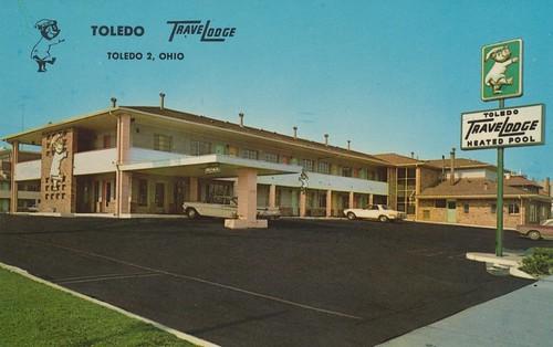 ohio vintage postcard entrance motel toledo travelodge sleepybear