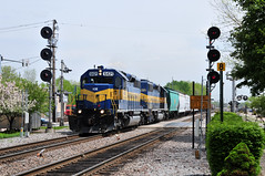 Blah. (The Mastadon) Tags: road railroad chicago train illinois midwest rail railway trains il transportation locomotive railroads chicagoland douchebag flatlander midwestern 582009