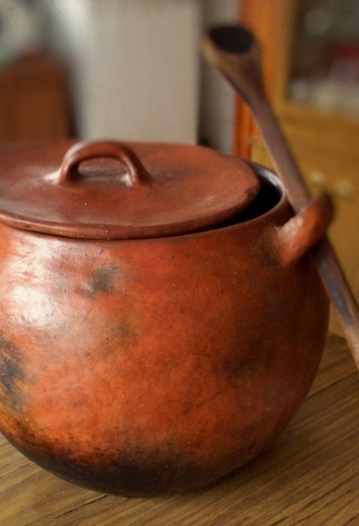 Clay Pot | Olla de Barro by katiemetz, on Flickr