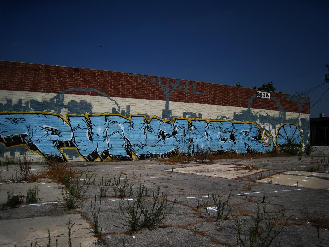 062609_graffiti04