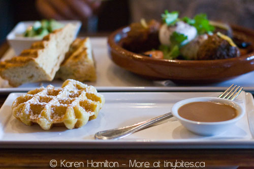 Medina Cafe: waffle with lavender milk chocolate
