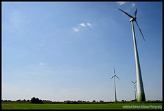 Giants (van heland) Tags: blue sky white green windmill energy open power wind horizon energie saxony himmel land lower grn blau range windrad far kreis weit niedersachsen weis diepholz evershorst