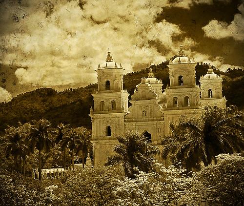 250 años Fotografía Primer Lugar en Grupos Centroamericanos.
