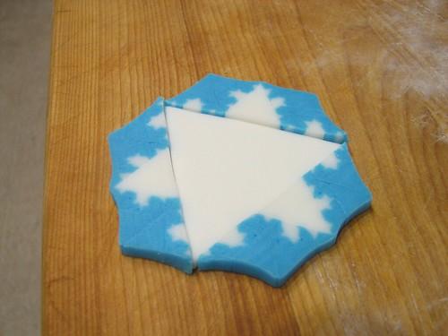 Fractal Snowflake Cupcakes - 21