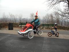 Rebecca on Zigo (zigoinc) Tags: baby sports stroller trailer fitness zigo bakfeits carrierbicycle