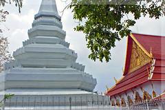 Thailand - Temple complex near Khao San Road , Bangkok (Craig Grobler) Tags: thailand temple bangkok buddha monk streetlife buddhism grandpalace thai vendor templeoftheemeraldbuddha khaosan khaosanroad emeraldbuddha krungthep thegrandpalace bhikkhu suvarnabhumi krungthepmahanakorn ckc1ne phraborommaharatchawang craiggrobler kingdomofthailand villachacha streetcuisine ratchaanajakthai kingdomofthailandthailandratchaanajakthaicraiggroblerckc1nebangkokthaikrungthepmahanakornkrungthepkhaosankhaosanroadvillachachasuvarnabhumistreetlifestreetcuisinemonktemplebhikkhuvendorbuddhism