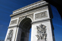 Paris & London 2009 265x (grahamkracker) Tags: paris france arcdetriomphe takenfromabuswindow parislondon2009