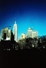 new york city (pedrocupertino) Tags: newyorkcity xpro empirestatebuilding olympusxa2 expired processocruzado vencido kodakelitechrome200ed