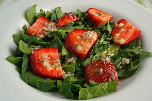Spinach and Strawberry Salad with Thyme Vinaigrette