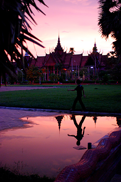 Sunset over the museum, Phnom Penh, Cambodia