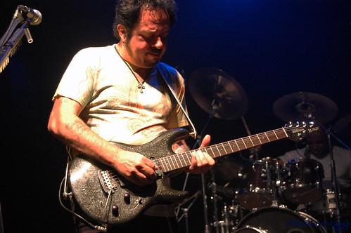Steve Lukather solo