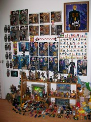 pic 01 (mikaplexus) Tags: music favorite cats cars car statue frank toy toys lights photo kiss dinosaur kubrick hellokitty signature alien cartoon vinyl trains mario aliens plush kidrobot s1 smurf genesimmons mariobros limited ronaldmcdonald barney luigi yoshi cartoons rare waldo limitededition touma teletubbies pinhead statuette signed gid hellraiser damonsoule mariobrothers plushes clivebarker ldd cenobite sket sketone torturedsouls rotofugi myplasticheart livingdeaddolls chatterer carsmotorcycles dougbradley ireallylike palmeros limed sket1 sketbots drchannard frozenempire inventsville signedbyartist evilskaters bogglins brainbuld