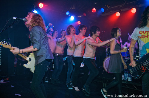 We The Kings conga line 5