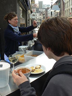 Paul et soupe.jpg