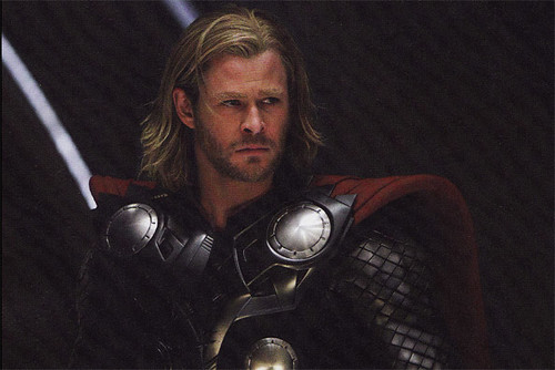 empire-chris-hemsworth-as-thor