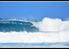 Into the tube.... (Footguy00) Tags: hawaii oahu surfing northshore pipeline cs4 d90 layermask nikon703000mm