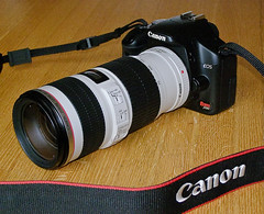 Fits Like a Glove (jimmy_racoon) Tags: canon xsi lseries 450d 70200mmf4isusm