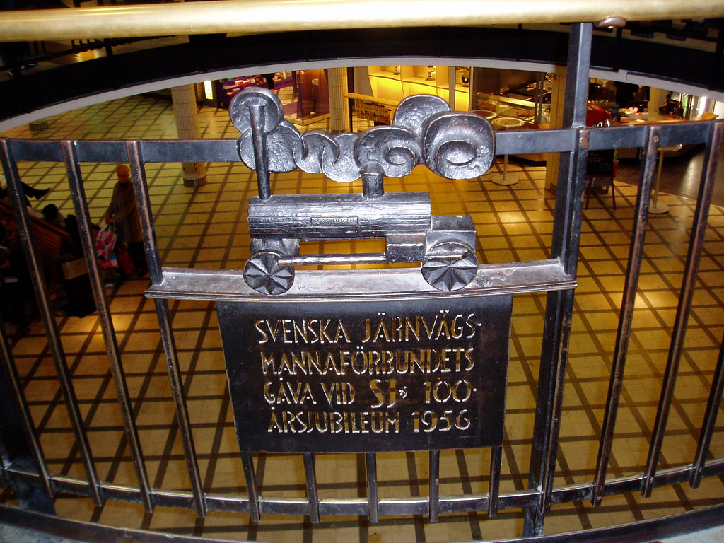 Iron loco: Centenary of SJ, the Swedish State Railways, Stockholms Centralstation