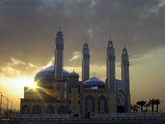 Mohammad Al-Bakir Masjid (Azarbhaijaan) Tags: sunset sun clouds mosque kuwait masjid masajid azharmunir