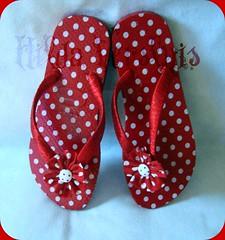 Po vermelha (Hilldinha) Tags: havaianas sandal sandalias chinelos customizadas sandaal fuxicos pedrarias havaianascustomizadas chineloscustomizados sandaliascustomizadas