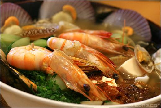 seafood-noodles