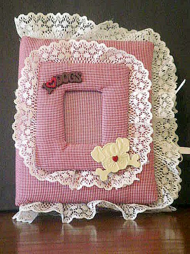 Red Gingham Dog Quilted Photo Album