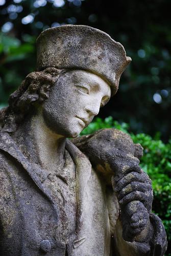 Swan_Garden_Statue[2009]