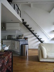 Loft mezzanine (Btanes) Tags: paris kitchen pool wall loft bathroom cuisine hall bedroom frankreich o parquet raum room zimmer lounge bad piscina bleu treppe escalera swimmingpool cocina artnouveau staircase diningroom r mezzanine duplex attic mauve scala salon walls kche lecorbusier chambre bagno dach lofts escalier starck costanza douche ateliers corbusier techo fenetre cucina entre stanza fenetres habitacion corbu velux comedor artdco esszimmer salledebain poutres salledebains salledeau luceplan combles saladapranzo cuartodebano mauveartdco lampeluceplan btanes betaines betane francoissorlin2000 ateliersloftsassocis