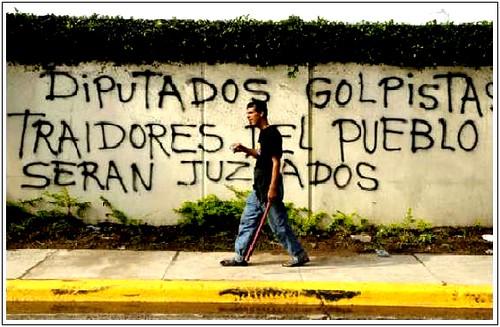 Arriba Honduras!  da nelsin71.