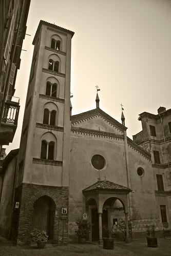 San Giacomo Church, XIII sec. (by storvandre)