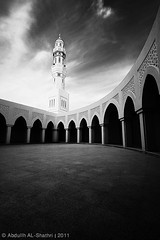 :: [   ] :: -  Explore (Abdullh AL-Shthri  ) Tags: white black canon buildings photography is worship photographer islam religion sigma mosque architectural explore single greatest muslims 1020 riyadh saudiarabia  allah moschea abdullah   500d            shathry removedfromarabstrobistpoolrule1