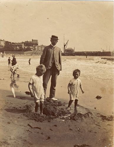 Pa with Benno & Herbert. Broadstairs, Kent. 1907.