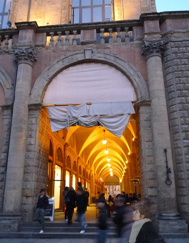 covered arch walkway1