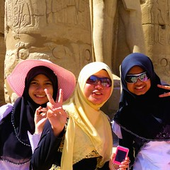 Us Happy Girls in Egypt .... (Ginas Pics) Tags: ladies girls people woman man hot love smart temple women peace muslim islam egypt hijab holy sacred luxor soe prettywoman womensday hadith travelphotography ginaspics muslima bej  mywinners anawesomeshot estremit egyptpics worldtrekker allaboutegypt schahada  hadithen reginasiebrecht smartreligion copyright2015reginasiebrecht