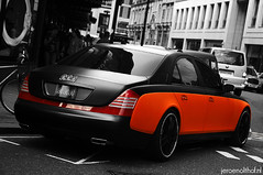 Maybach 57s (Jeroenolthof.nl) Tags: uk england bw white black london beautiful car modern square real photography grey lights is al amazing nice movement jeroen nikon estate view shot britain united rear great rich uae d70s kingdom s automotive harrods bin emirates explore arab londres gb if paparazzi rrr lovely nikkor zwart wit londra sheikh exclusive limousine vr 56 57 engeland resources londen belgrave rashid ajman zw maybach f35 automotion nuaimi humaid 57s 1685 olthof wwwjeroenolthofnl jeroenolthofnl jeroenolthof