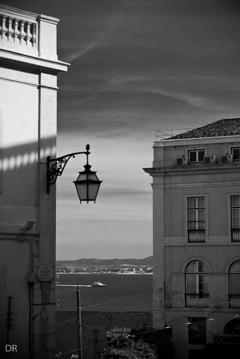 Por Lisboa...