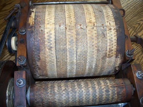 Dawning Dreams Blog Made Well Co Vintage Drum Carder