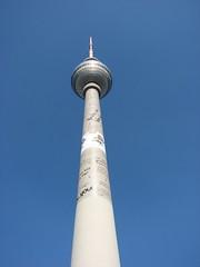 IMG_6126 (Tina Pappnase) Tags: berlin april fernsehturm 2009 deutschetelekom invitedby