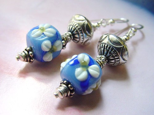 #GBER137 =TOUCH ME NOT  SGD$30 Lampwork Earrings